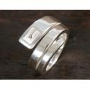 グッチ GUCCI スネークリング【指輪】 スターリングシルバー 077521