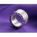 ブルガリ ビーゼロワン ダイヤモンドリング ホワイトゴールド AN850556