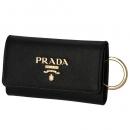 プラダ キーケース 4連 レディース サフィアーノ ブラック 1PG004 QWA 002